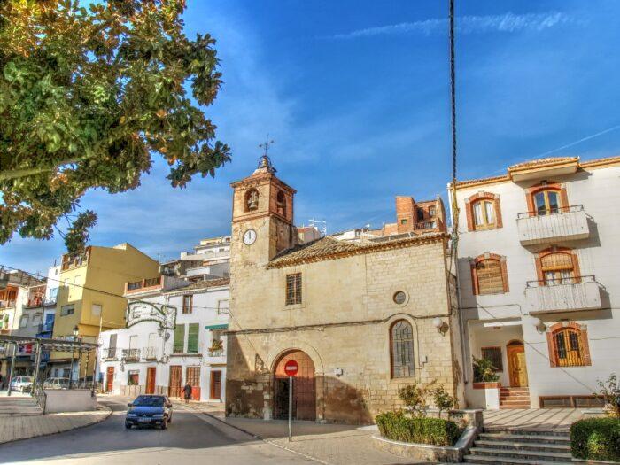 Lateral de la Iglesia.