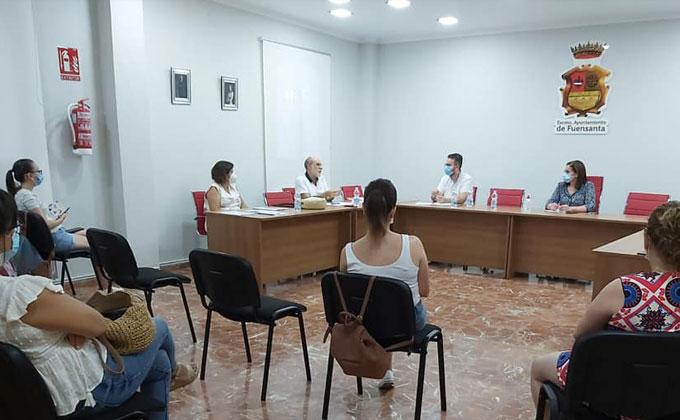 Reunión protocolos apertura colegios.